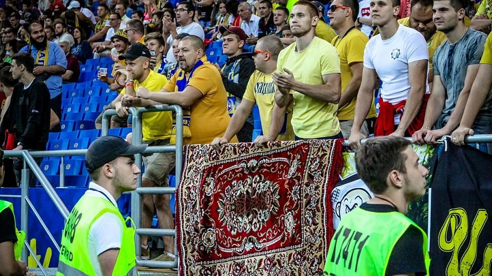 ростовский ковер на футболе